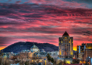 Quintessential Twilight - Roanoke By Terry Aldhizer